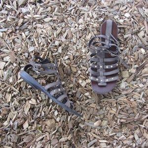 Steve Madden Brown Gladiator Stud Sandals